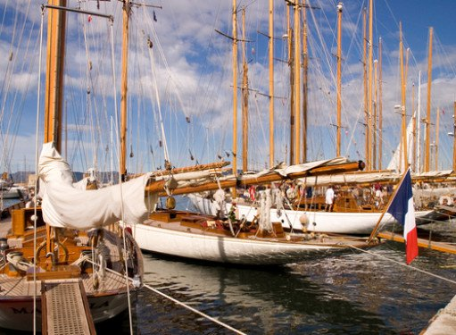 MLC 2006: Social Security Solutions for Yacht Crew - with downloadable presentation
